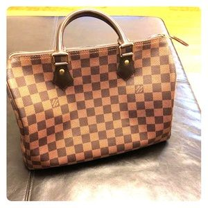 Lv speedy bag for sale excellent condition